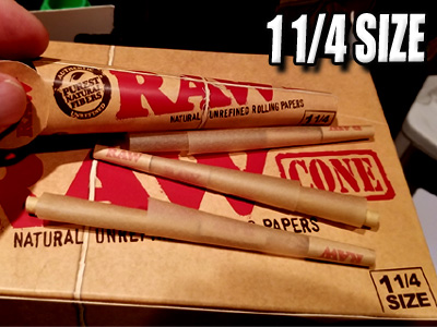 Raw Rolling Paper 1 1/4 Cones